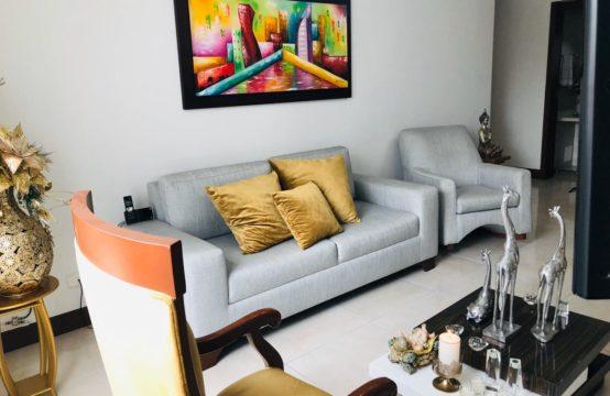 Apartamento En Sector AV 30 De Agosto.