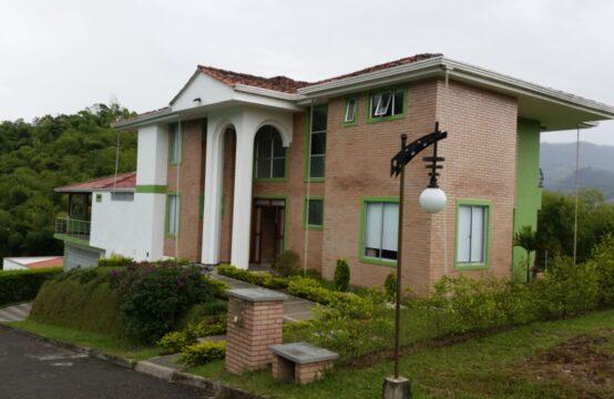 Casa en Villas de La Merced en Dosquebradas