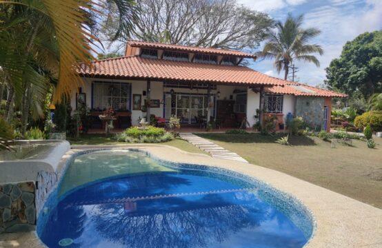 Casa Campestre Cerritos Cartago
