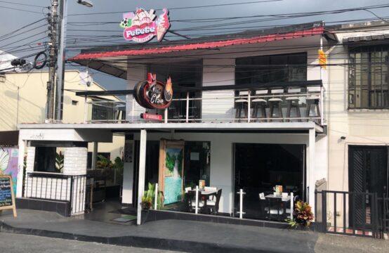 Casa Comercial sector Villa Olímpica Pereira con Restaurante